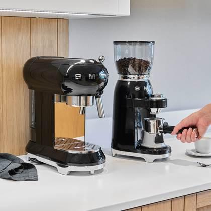 Smeg Koffiemolen Zwart Kopen Shop Bij Fonq