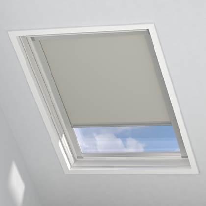 Het rollit mick skylight dakraam rolgordijn is een ideale oplossing voor een schuin raam. je ziet dit raam nu ...