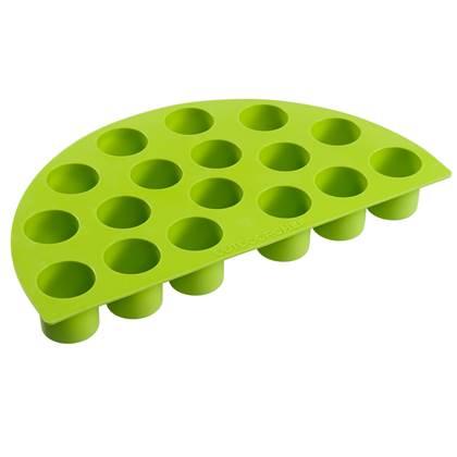 De Feestdagen | Met de Outdoorchef Siliconen Bakvorm Cylinder is ideaal voor het maken van borrelhapjes, bijgerechten en toetjes. De vorm beschikt over 17 bakvormpjes, zodat je lekker veel tegelijk kunt maken. Na gebruik was je hem gemakkelijk in de vaatwasser.