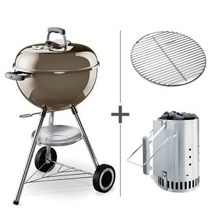 De Feestdagen | De Weber One Touch Original is een zeer complete houtskoolbarbecue. De barbecue is o.a. voorzien van een dekselthermometer, asopvangschaal, verbeterde wielen en het unieke 'One-Touch' reinigingssysteem. Nu geleverd inclusief brikettenstarter!